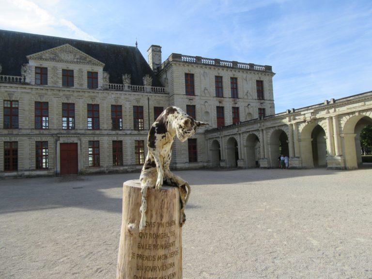 La cour du Chateau d'Oiron